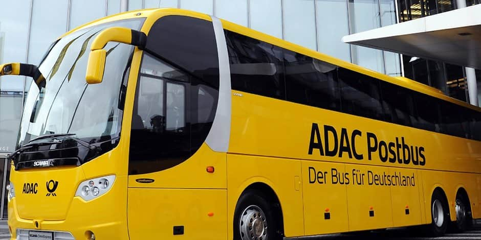 kooperation mit adac postbus macht station in k ln. Black Bedroom Furniture Sets. Home Design Ideas