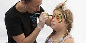 face-painting-833180_1920
