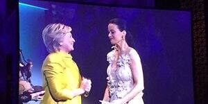 Katy Perry Clinton