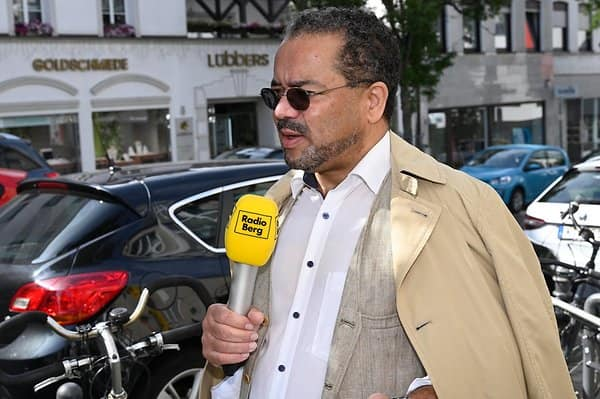 Harald Weyel enjoys cycling in Bergisch Gladbach.  He also comes to the meeting by bike.