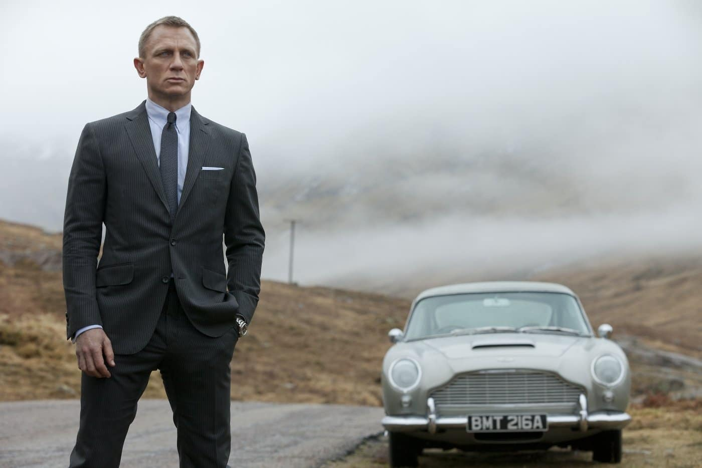 james-bond-autos: daniel craig am steuer des aston martin db5